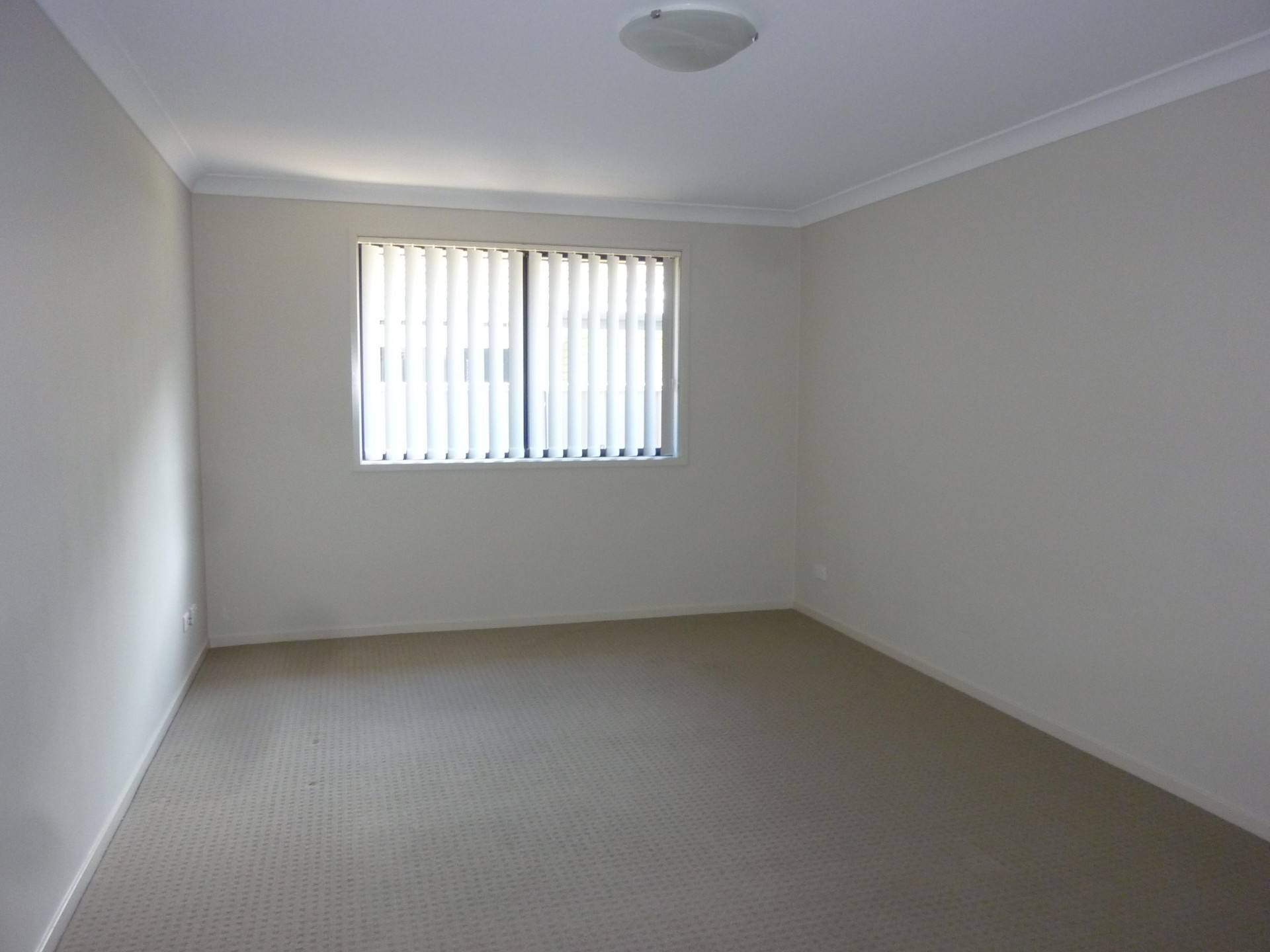 13 Lotus Terrace, Hamlyn Terrace  nsw  2259-2