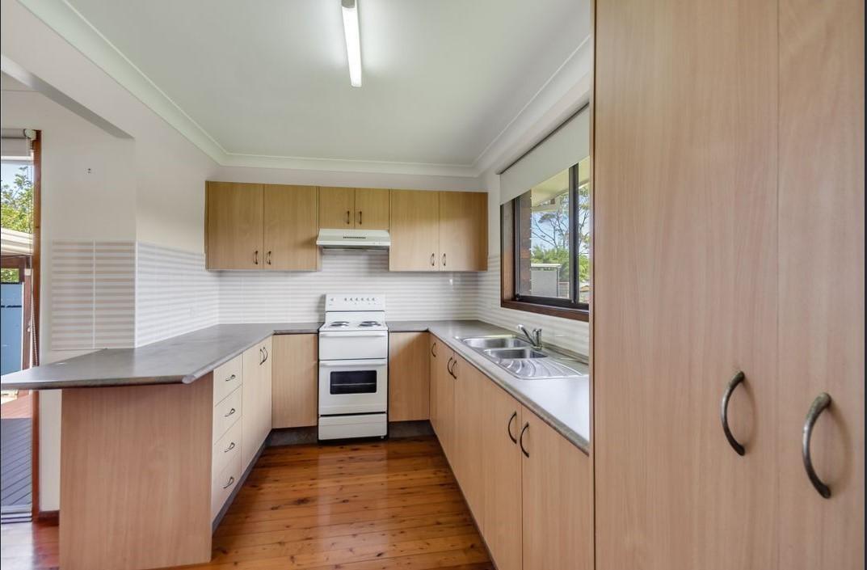 64 Thomas Mitchell Road, Killarney Vale  nsw  2261-2