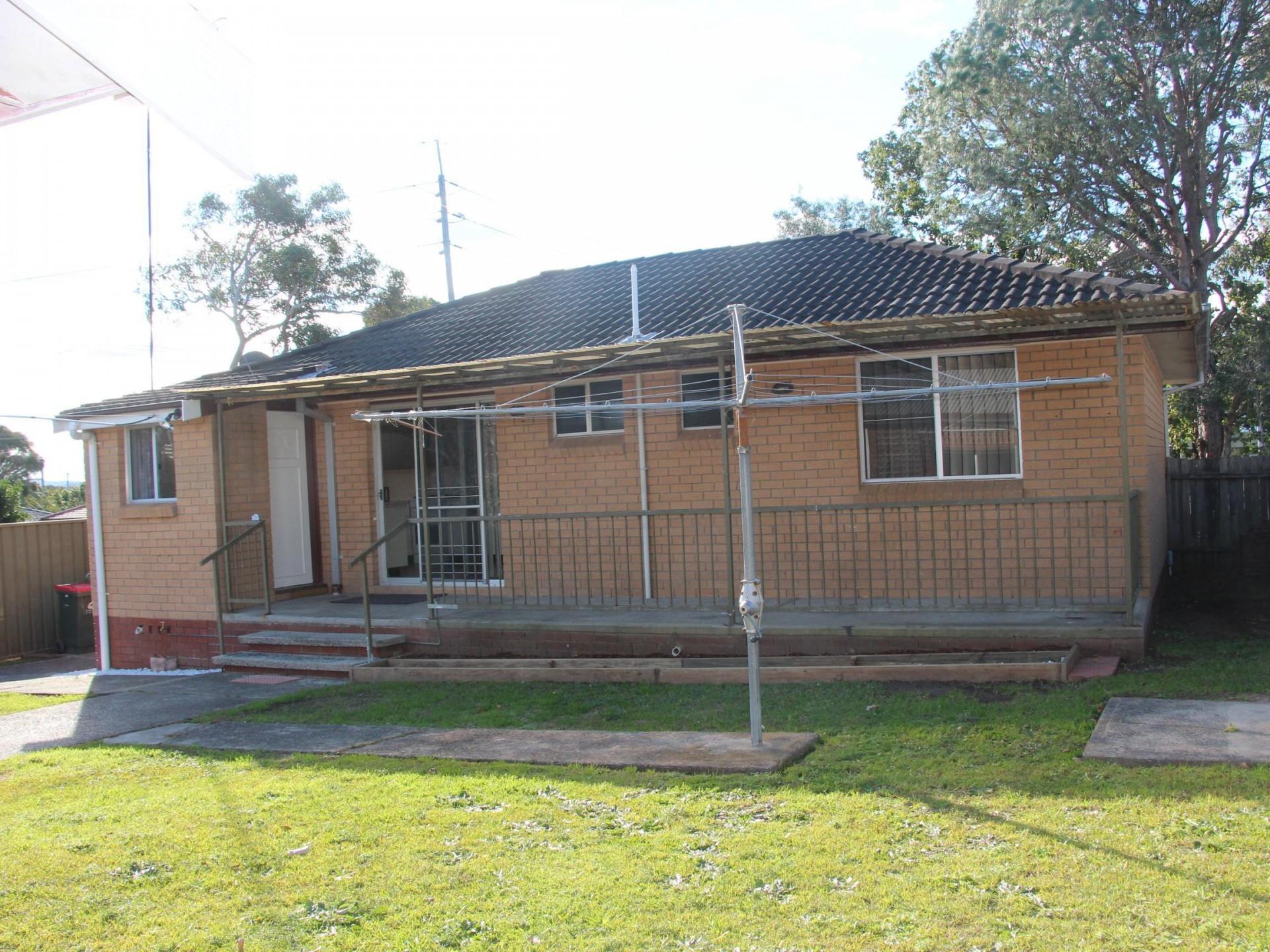 109 Eastern Road, Bateau Bay  nsw  2261-2