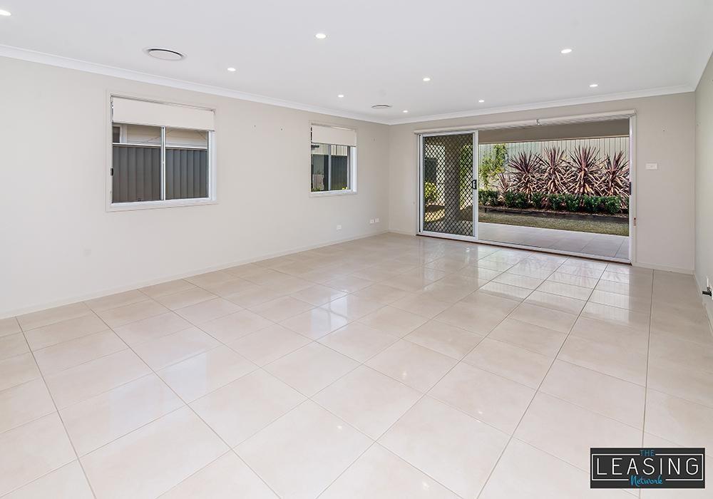 12 Jasper Avenue, Hamlyn Terrace  nsw  2259-2