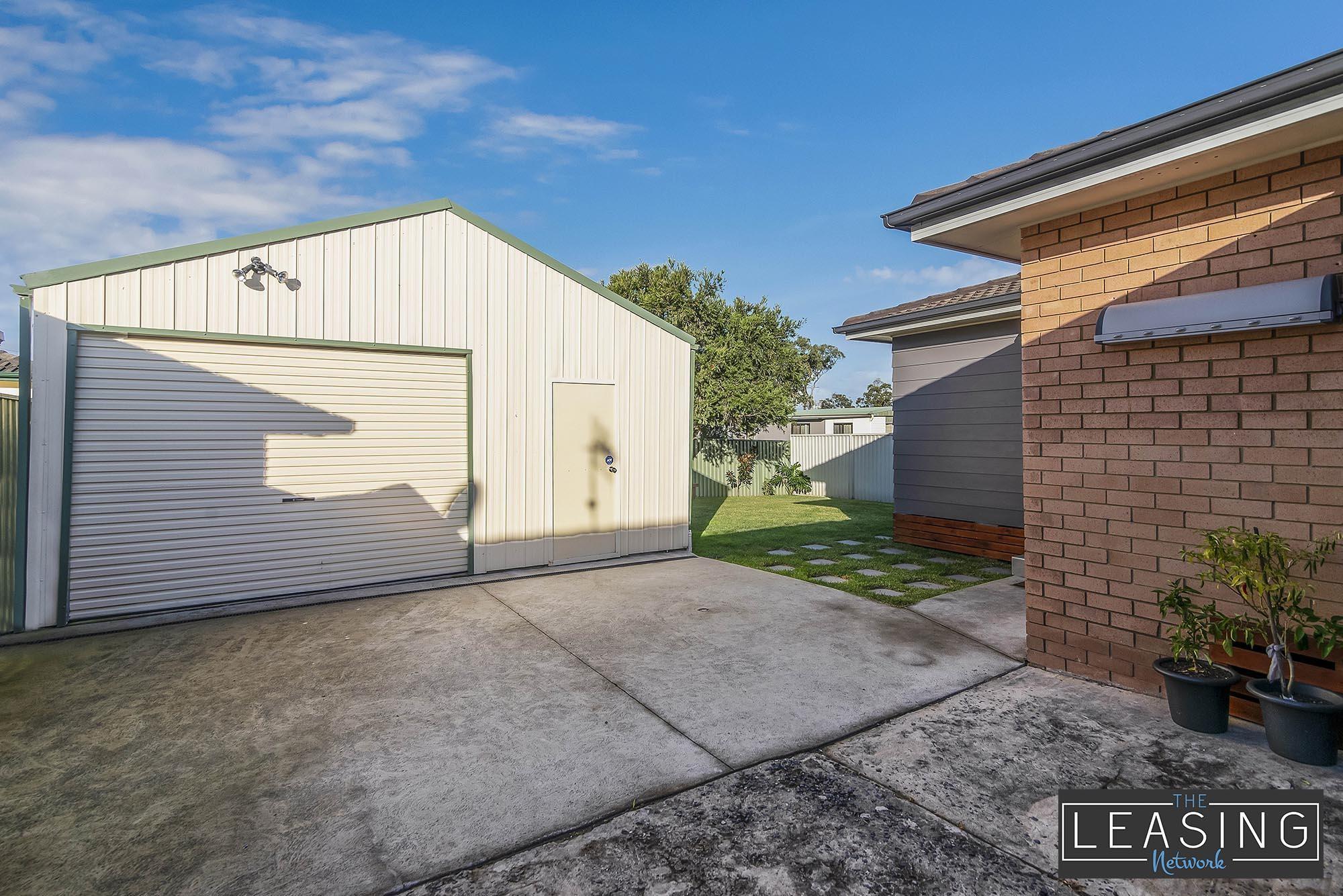 27 Balmoral Drive, Gorokan  nsw  2263-2