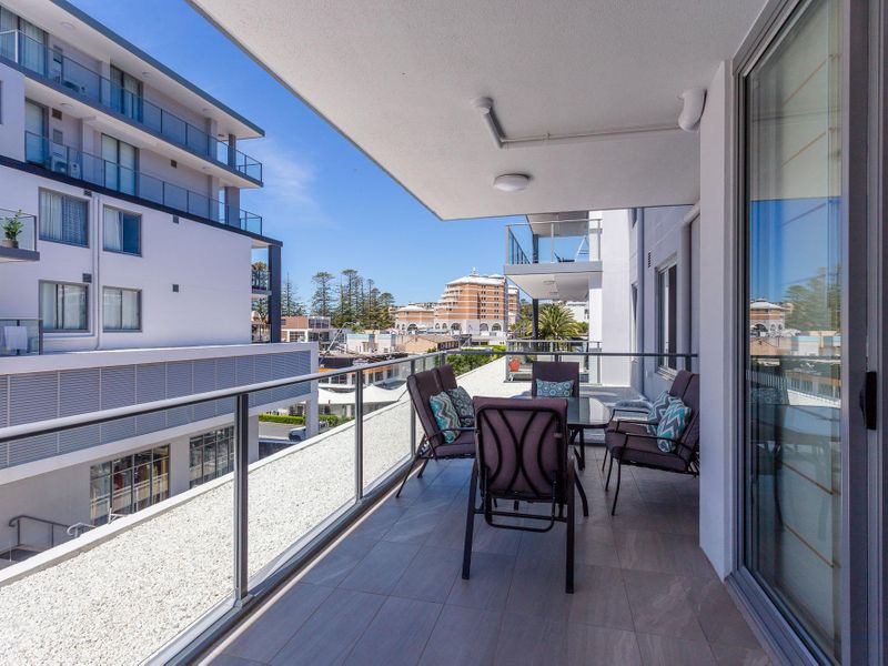 4/7-9 Campbell Crescent, TERRIGAL  NSW  2260-1
