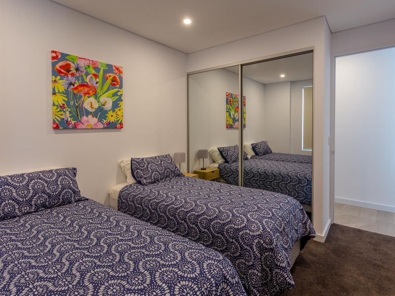 4/7-9 Campbell Crescent, TERRIGAL  NSW  2260-2