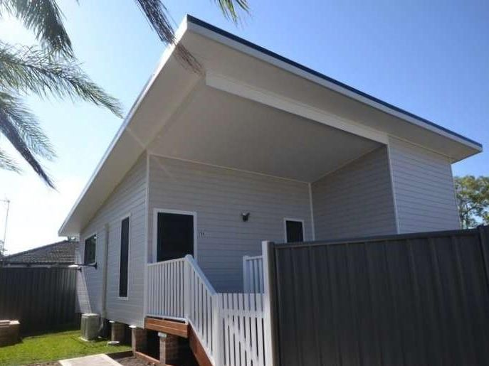 15A Welcome Street, WOY WOY  NSW  2256-1