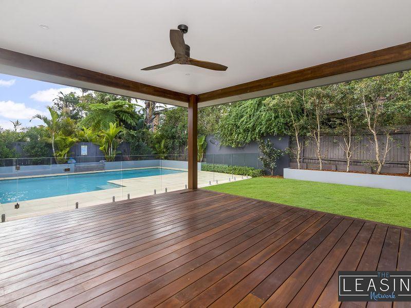 11 Windsor Road, Wamberal  NSW  2260-2