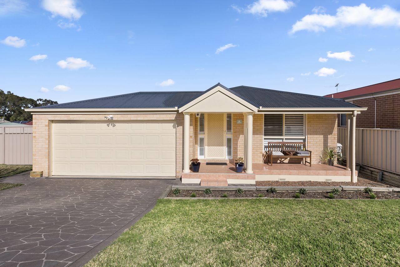 10 Roanoke Drive, Lake Munmorah  NSW  2259-1